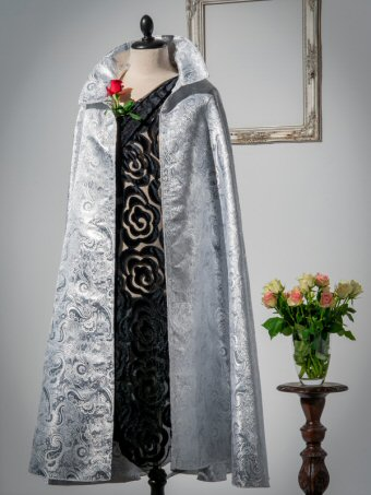 Nobility Night Cape